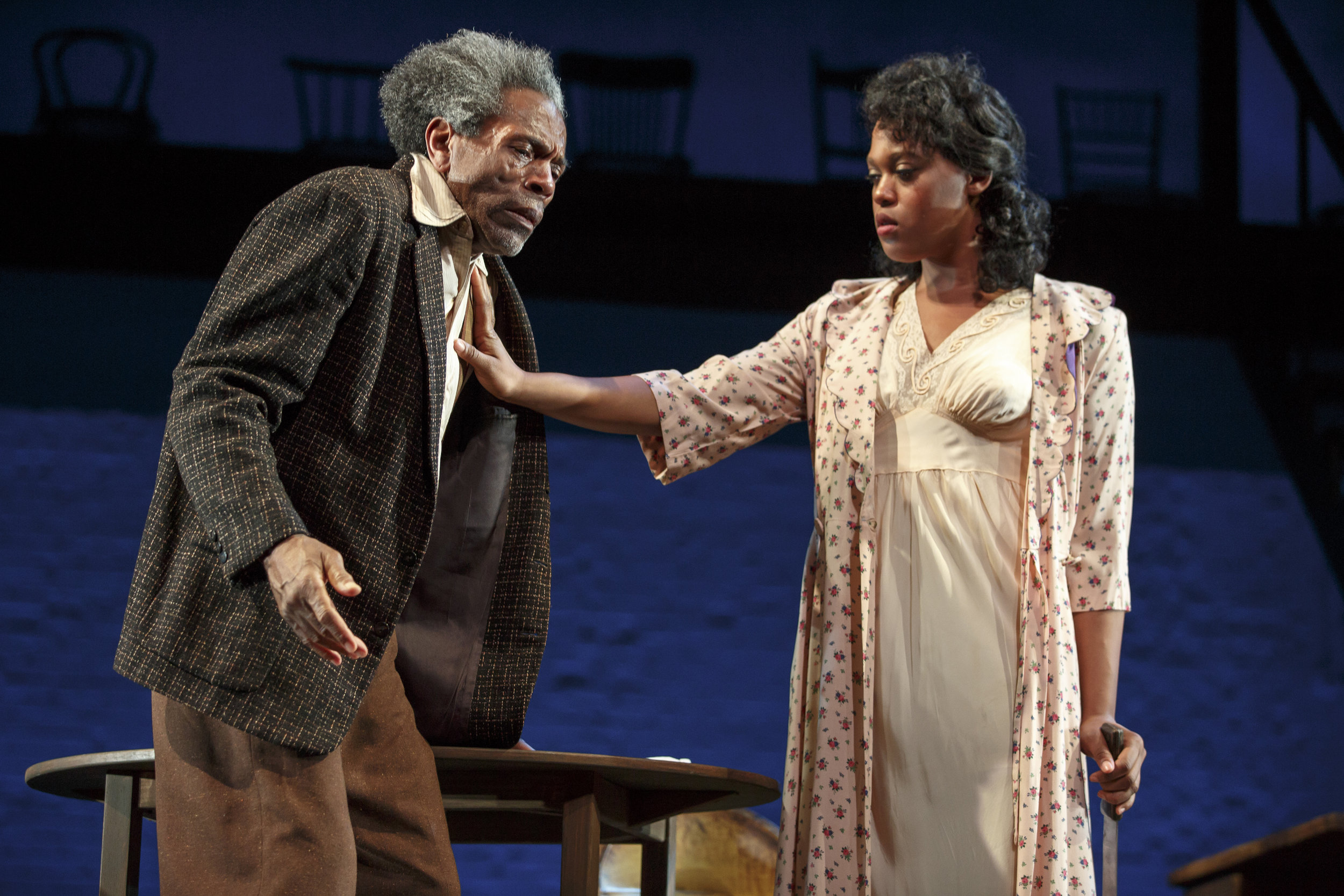 Hedley (Andre De Shields), Ruby (Antoinette Crowe-Legacy) (photo: Joan Marcus)
