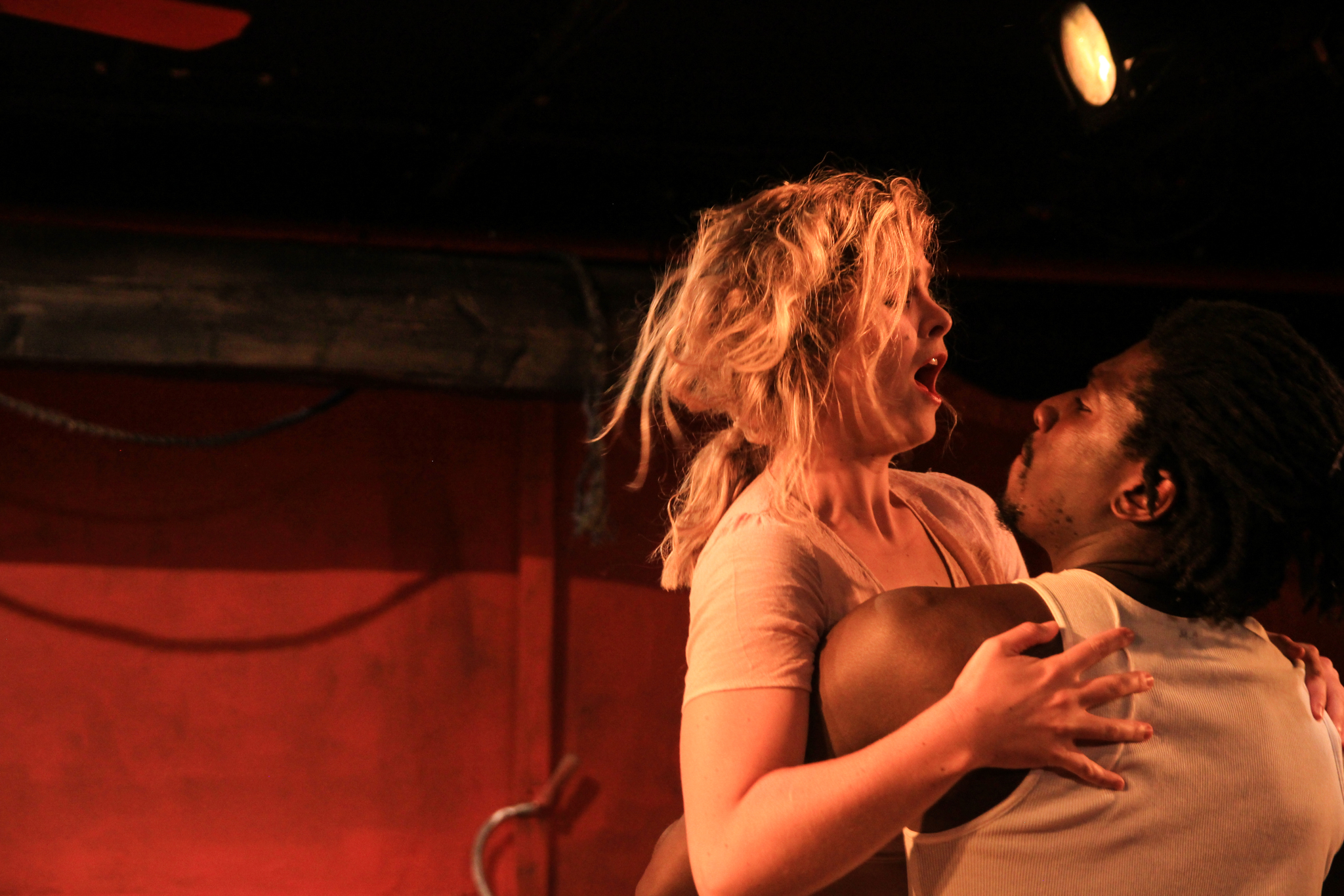 Julie (Marie Botha), John (James Udom) (photo: Yaara Bar)