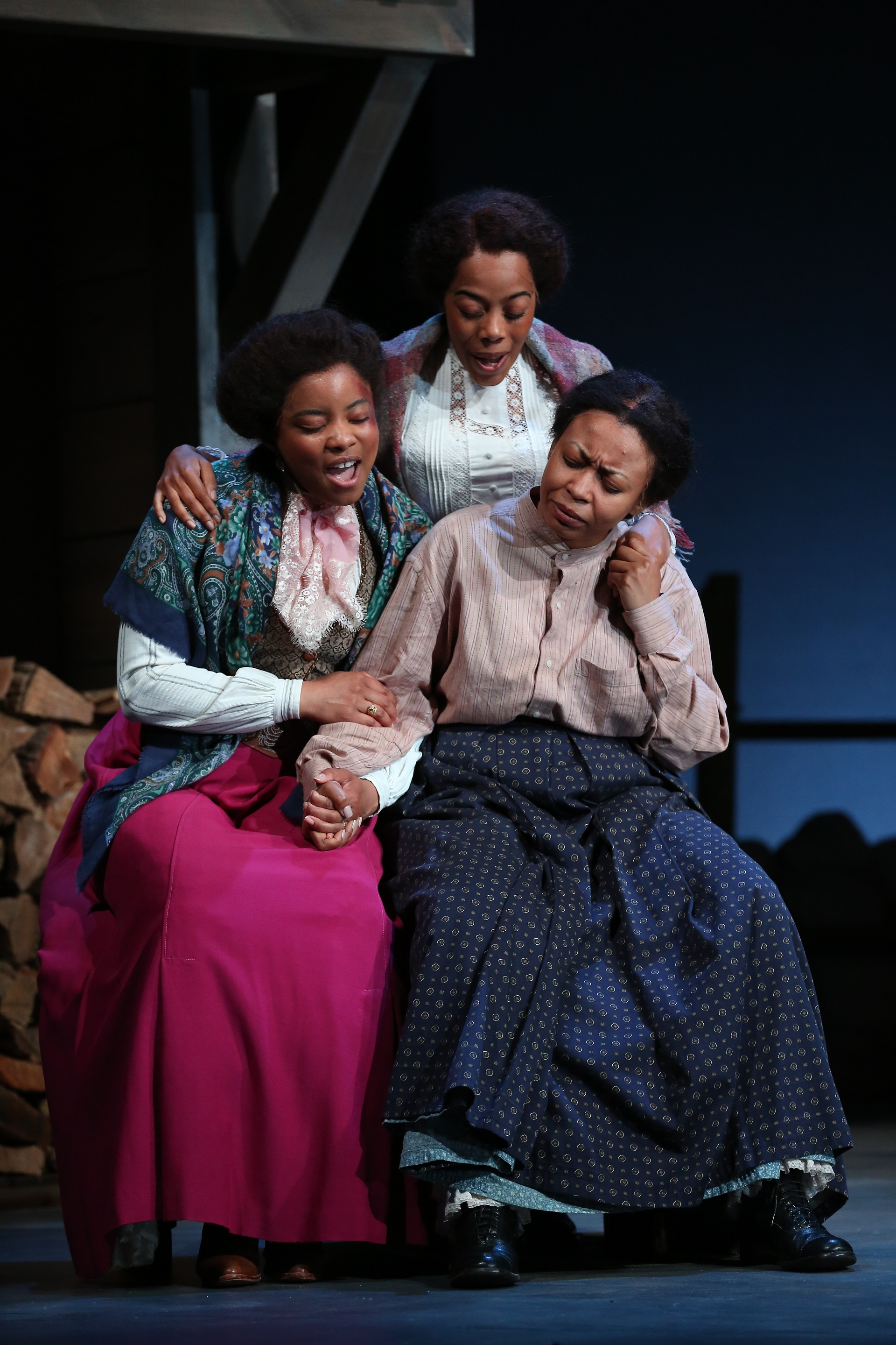 Minnie Dove Charles (Keona Welch), Fannie Dove (Brittany Bradford), Sophie Washington (Nikiya Mathis)