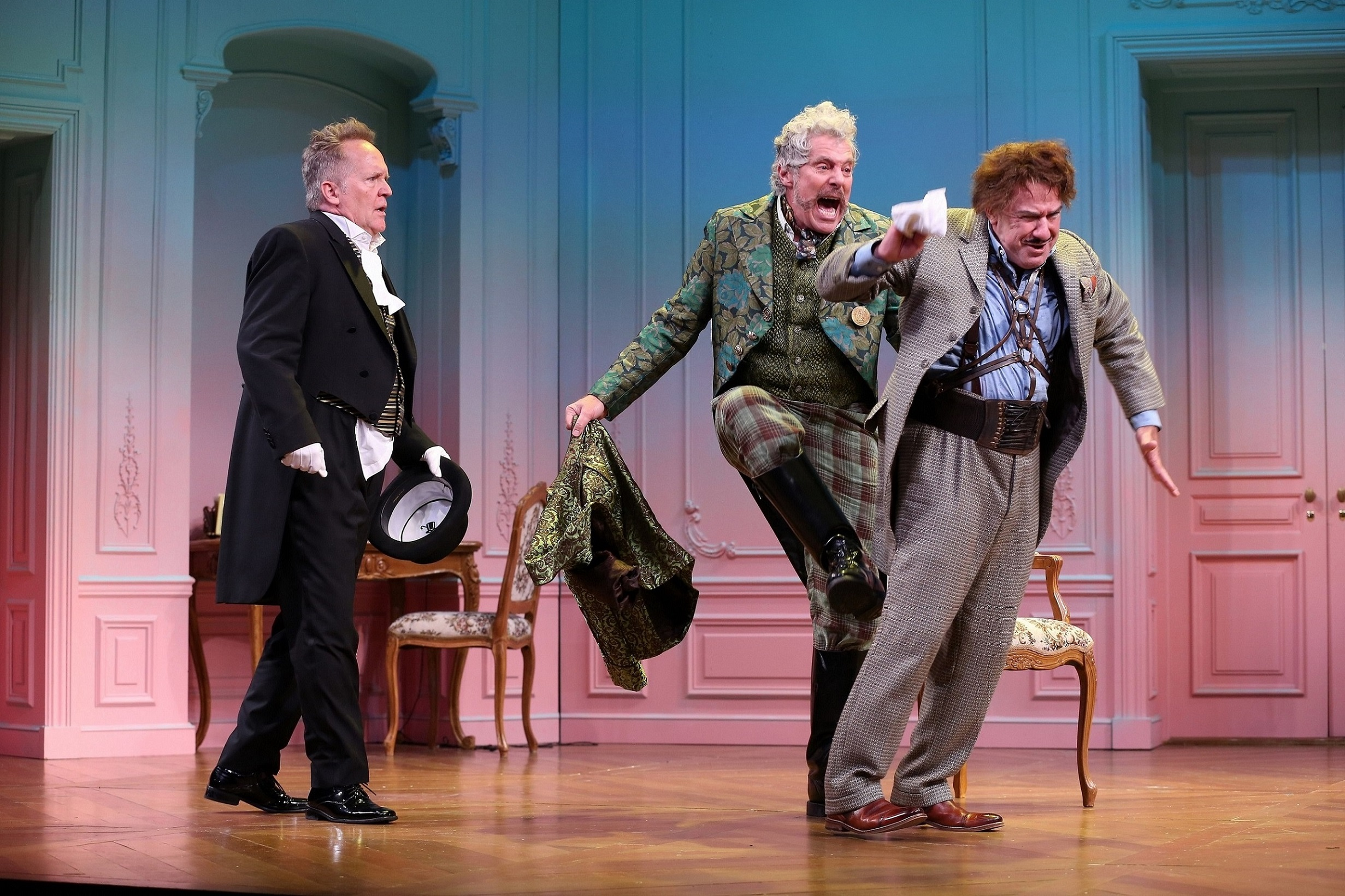Etienne (David Beach), Ferraillon (John Rensenhouse), Victor Chandebise (Lee E. Ernst) (photo by Carol Rosegg)