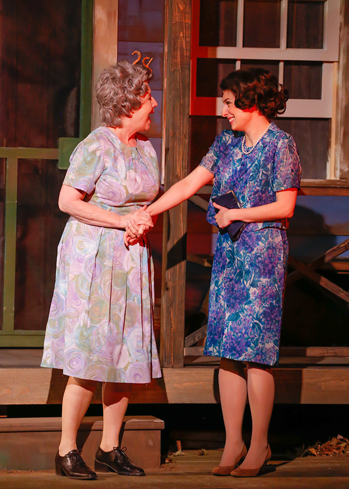 Ida (Ellen Barry) and Rose (Anna Fagan)