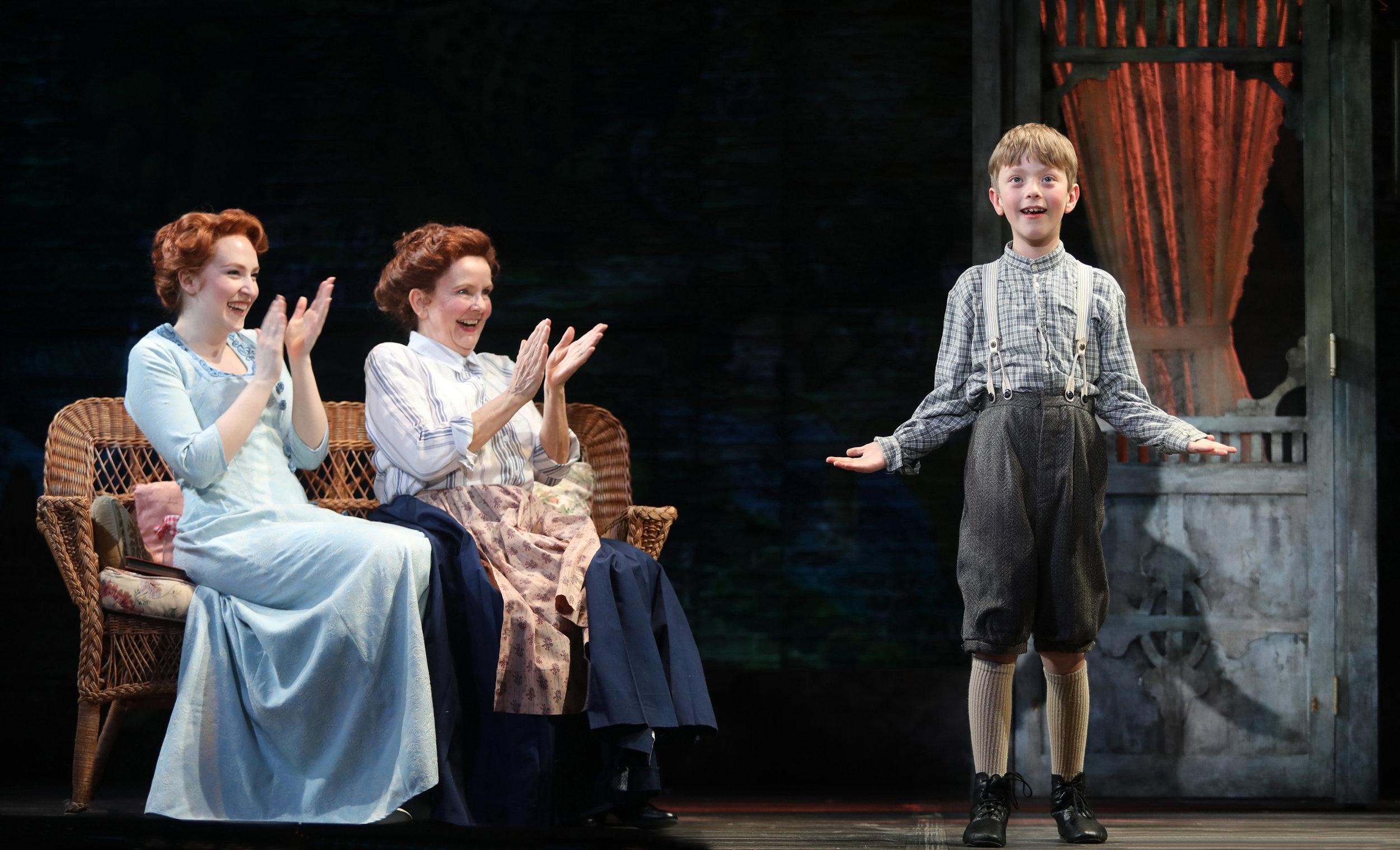 Marion (Elliie Fishman), Mrs. Paroo (Amelia White), Winthrop Paroo (Alexander O'Brien)