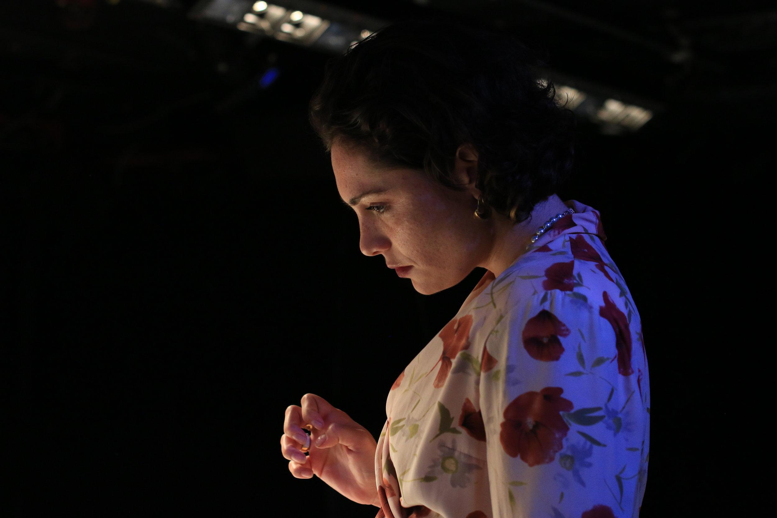 Leticia (Juliana Martinez)