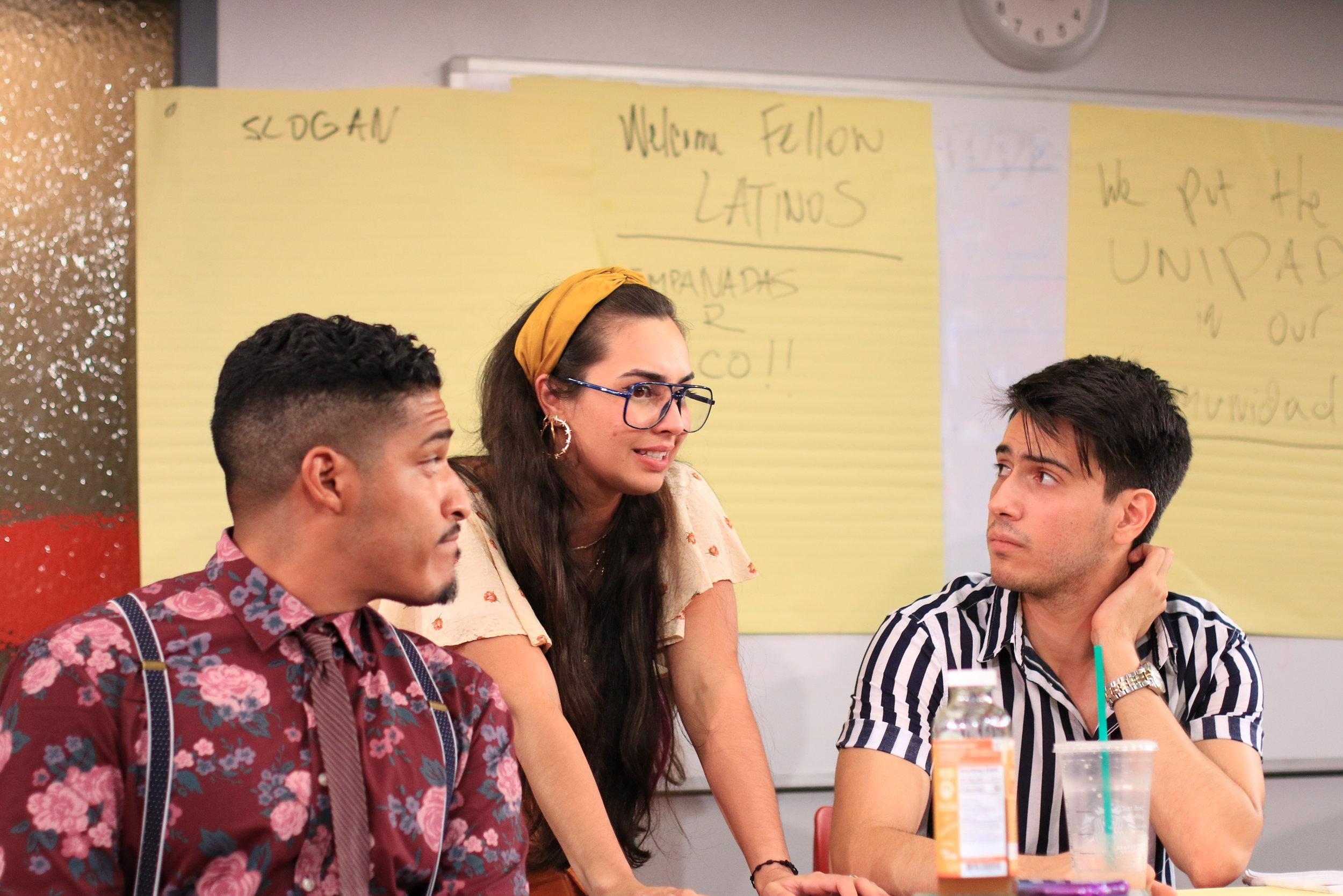 Xavier (Robert Lee Hart), Monica (Jackeline Torres Cortés), Isaac (Dario Ladani Sanchez)