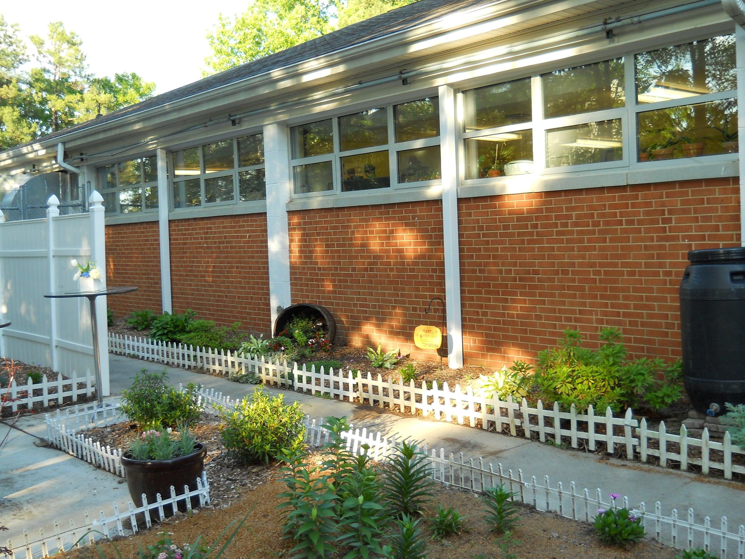 side wall garden view.jpg
