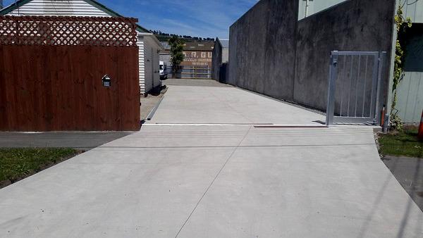 Affordable Plain Concrete Driveways