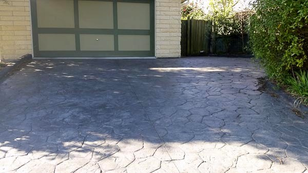 Stamping Concrete.An example of a stamped/imprinted concrete driveway in Wellington NZ