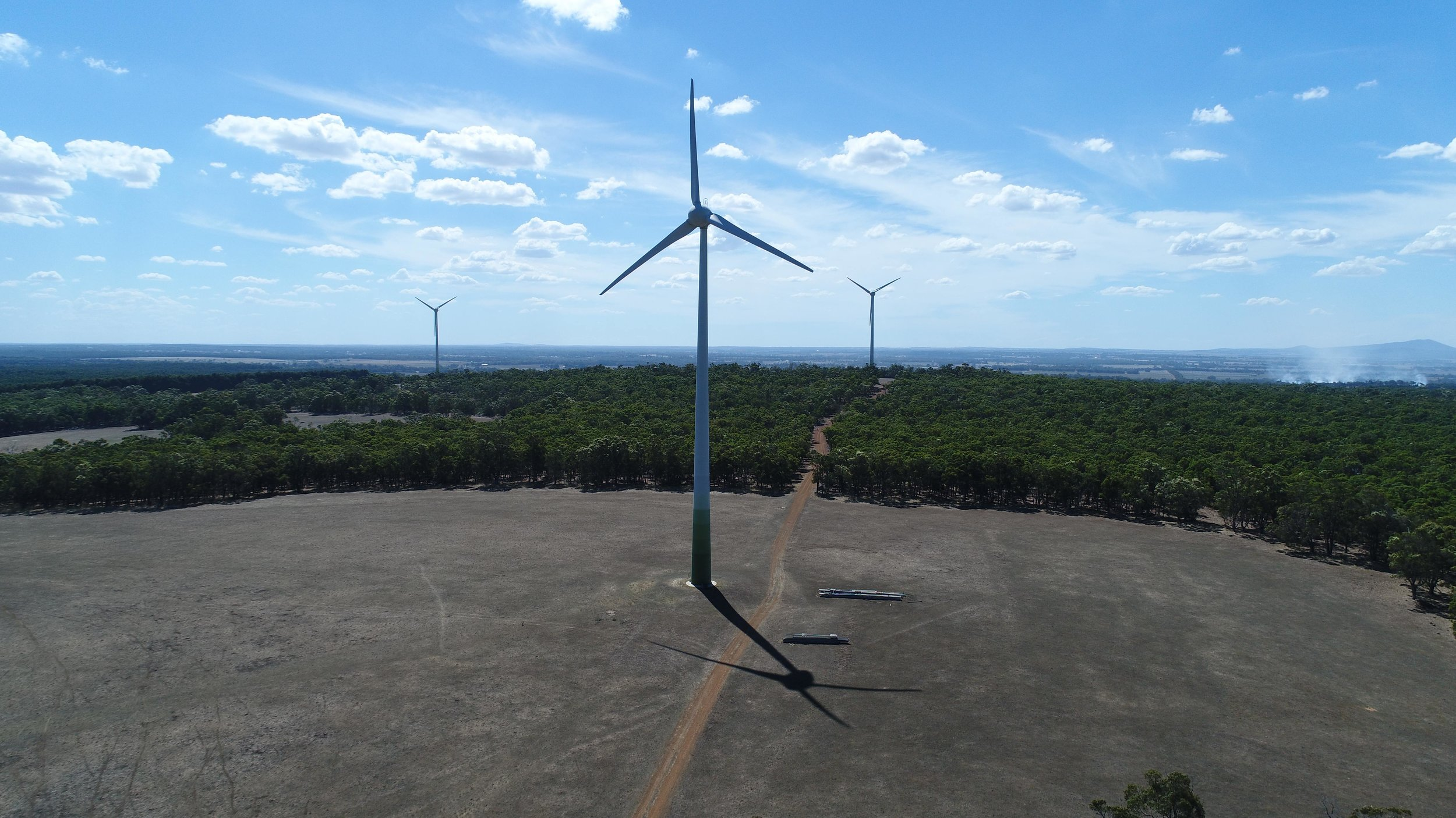 Last week at the Energy and Mines Summit, Perth company Advanced Energy Resources (AER) announced it signed a long-term power purchase agreement with GMA Garnet to build a 3 megawatt wind and solar farm with battery storage near Kalbarri, Western Australia.