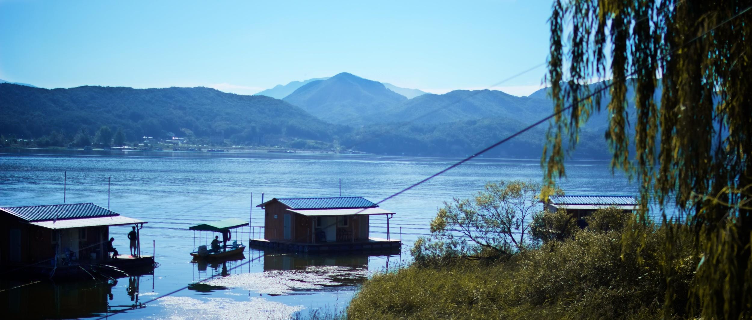 Lake House 15.jpg