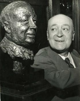Jimmy O'Dea and bust