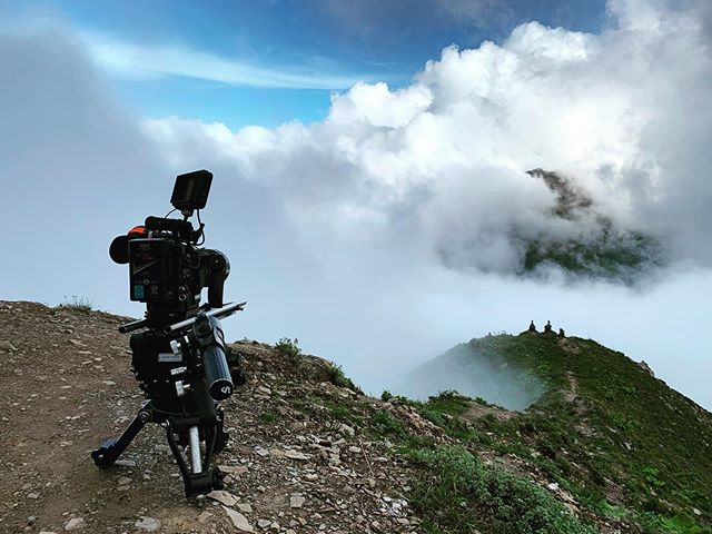 4333m above sea level as the clouds rolls over the Balang mountain ridge overlooking Mount Siguniang. When the cloud parts for a few mins revealing the spectacular view of the mountain range at the foothills of the #Himalayas. #behindthescenes #sichuan #China #cloud #plateau #reddigitalcinema #iphonexsmax