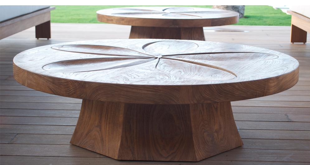 02 Kona Plumeria Table 1.jpg