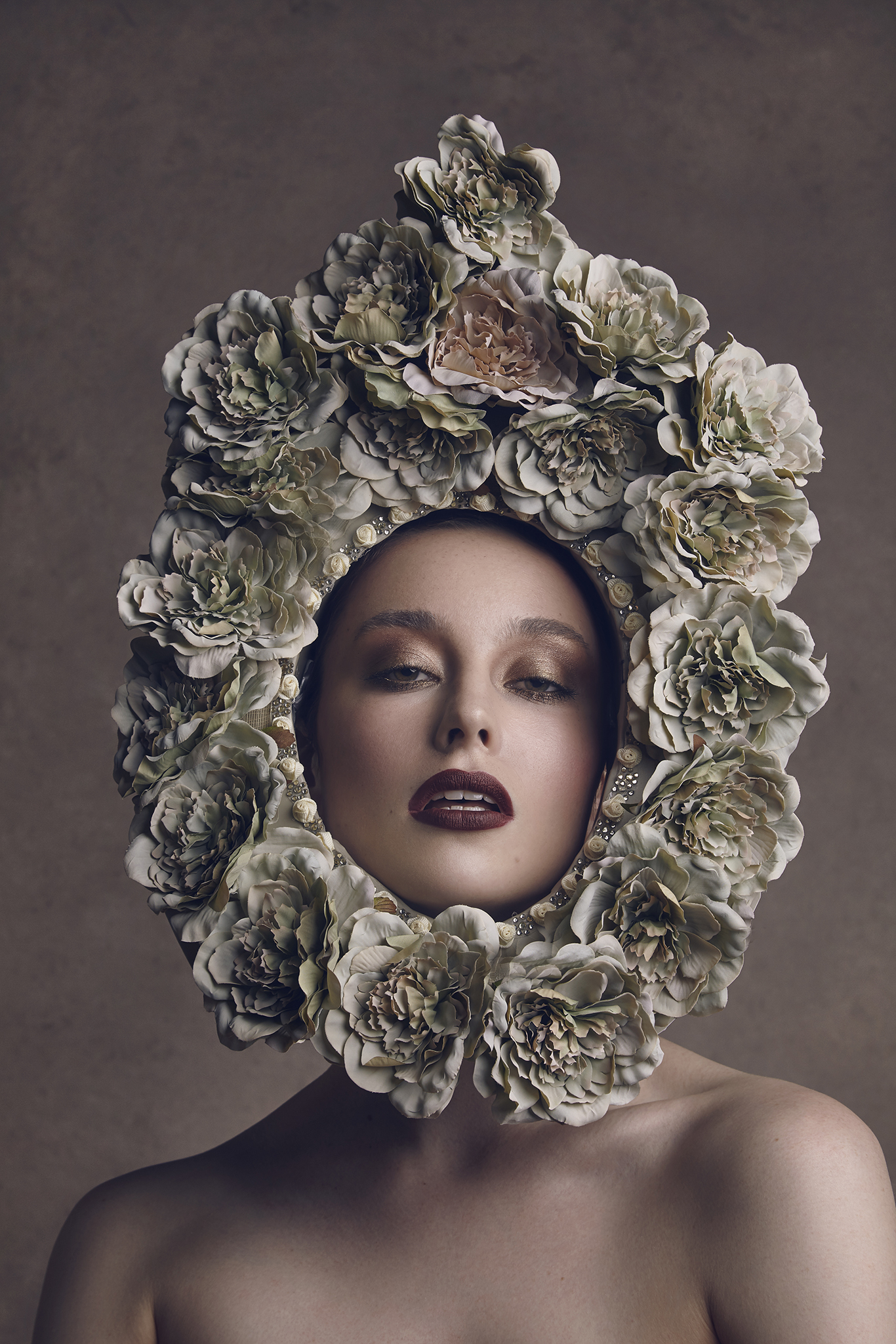 The-Flower-Book-by-Dana-Cole-floral-headpiece-model-fashion-photography-fine-art-photography-beauty-photo-floral-shoot-3.jpg