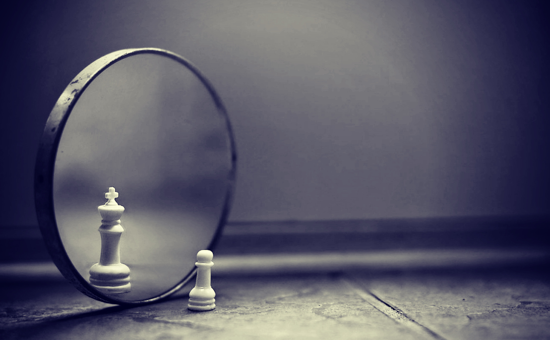 Pawn-King illusion // Source: aims.ro/blog/