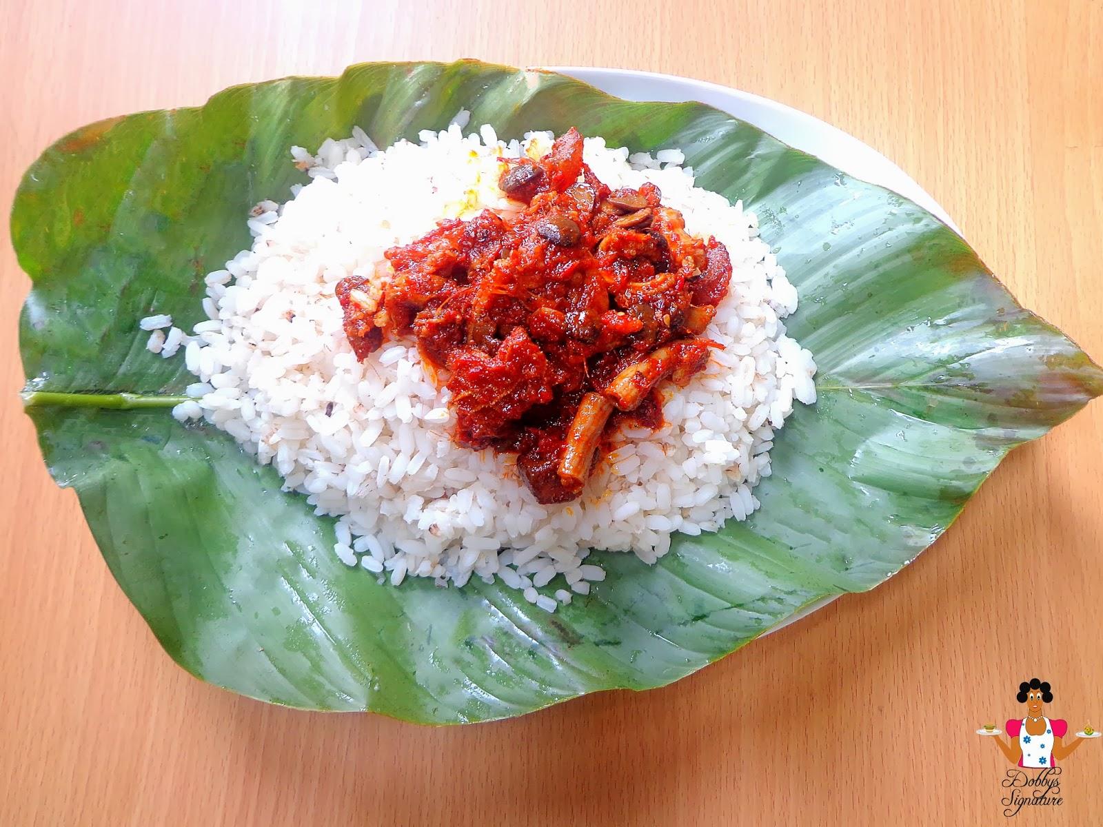 Rice and Ofada Stew // Photo via Dobbyssignature