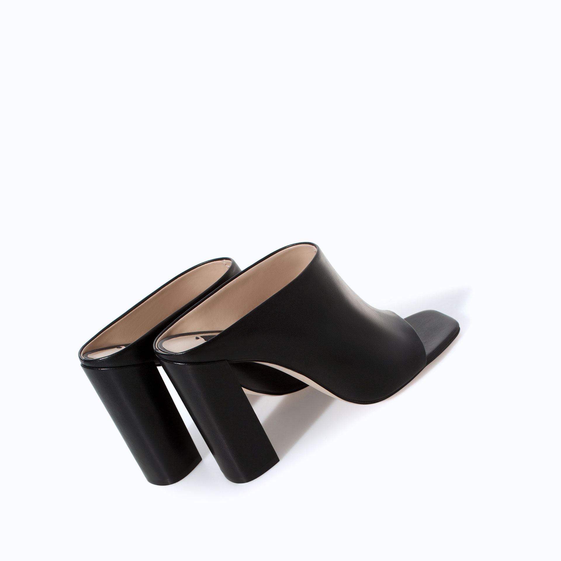 HIGH HEELED MULES