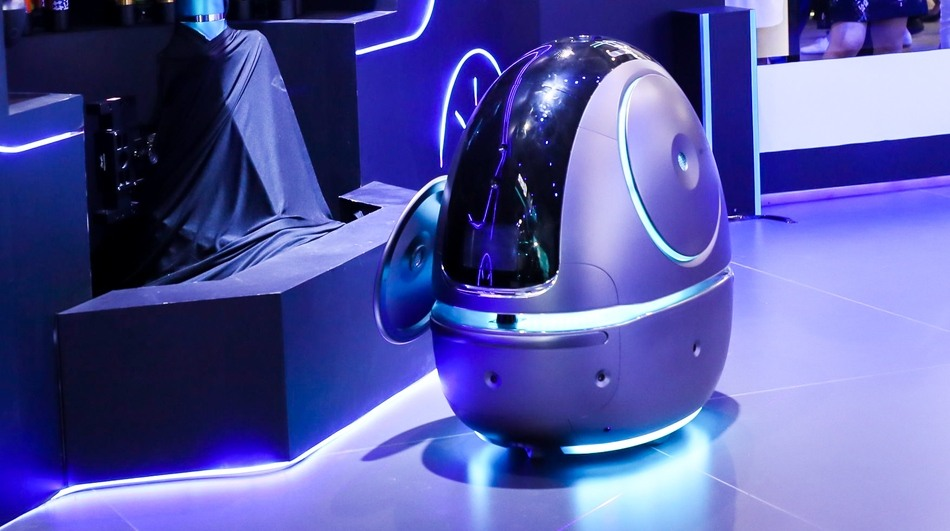 Alibaba's-making-robots-now-AI-Labs-Robot-photo-4.jpg