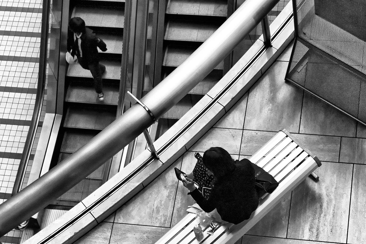 Looking-Down-(Art-Space)_DxO.jpg