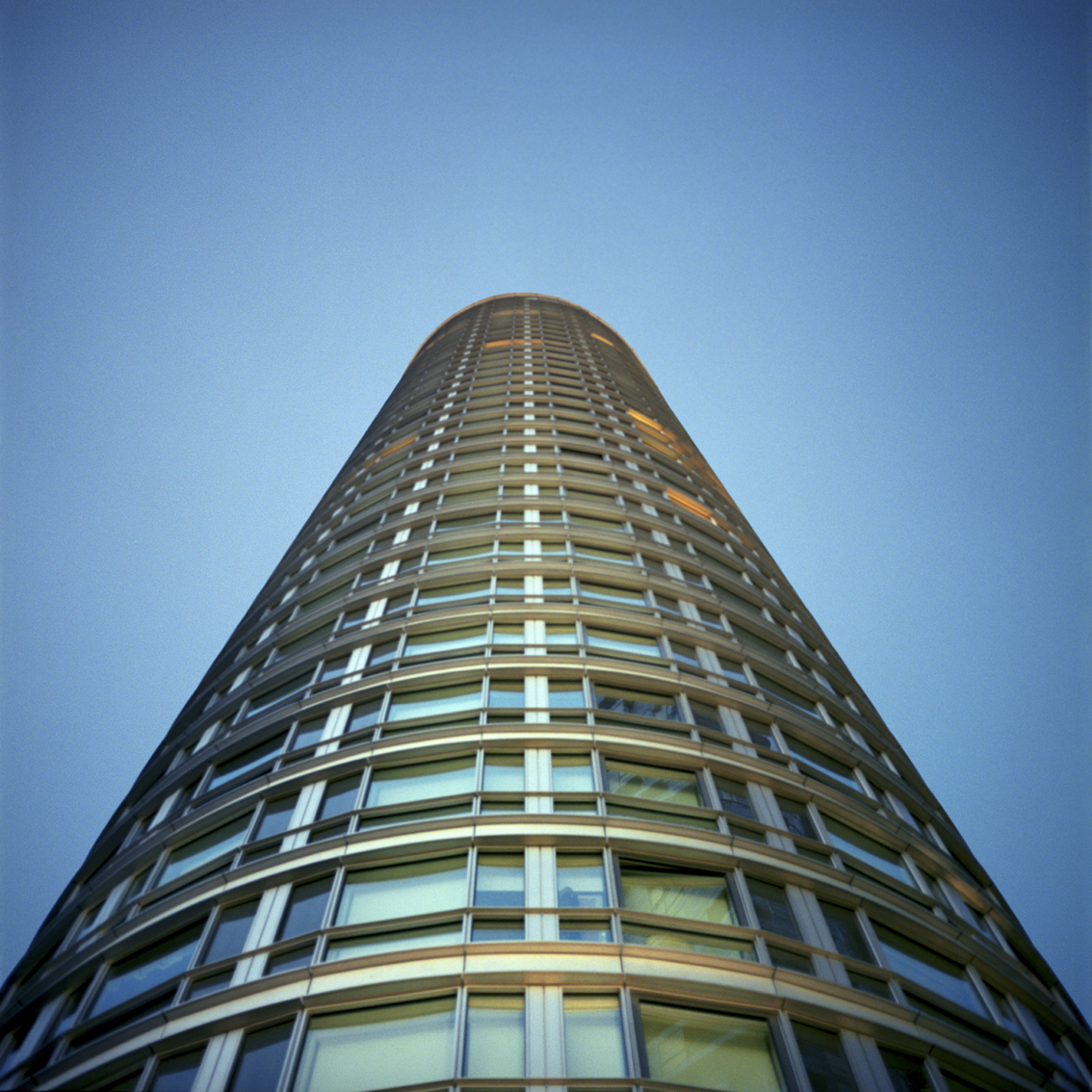 Ontario Building, Tower Hamlets