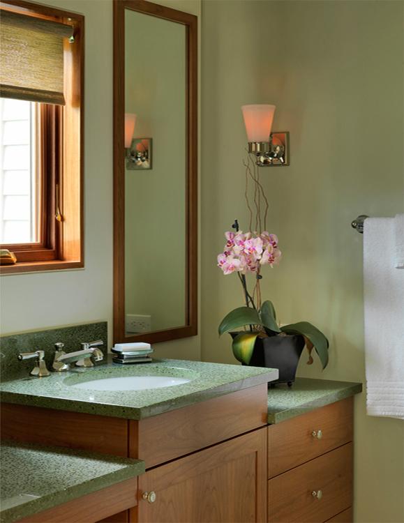 Interior bath mir crop.jpg