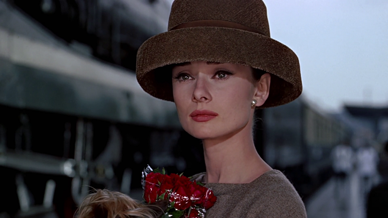 Style-in-Film-Audrey-Hepburn-in-Funny-Face-2.png
