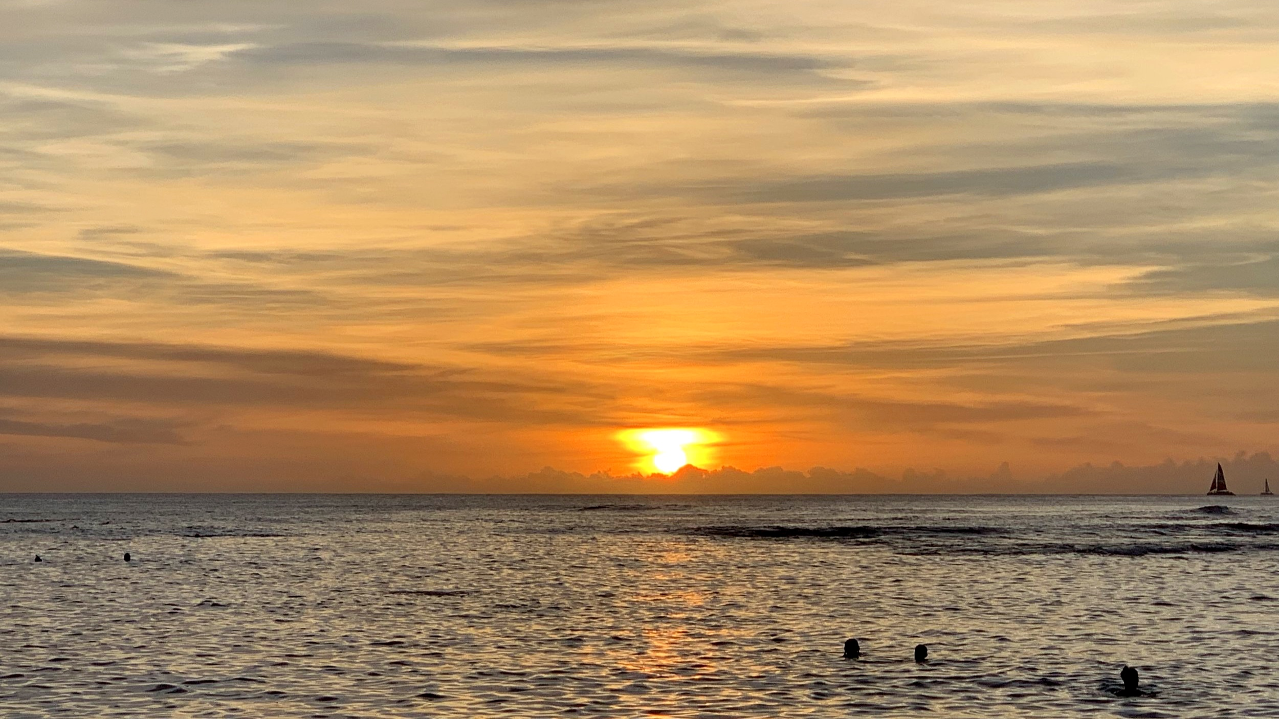 Sunset from San Souci beach, Honolulu, O'ahu