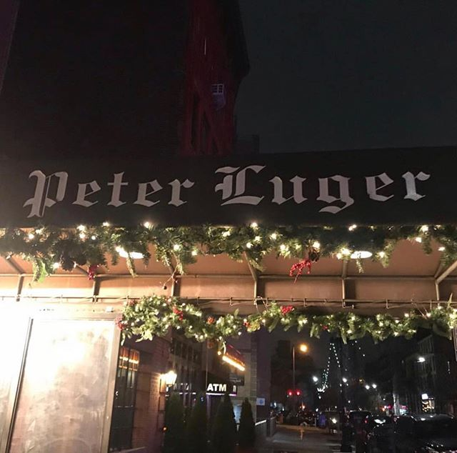 I could not eat another bite of turkey. But steak? That's a whole other story.A perfect way to top off a perfect weekend. #peterluger, #steakhouse, #newyorkeats . . . . . . .#newyork #theprettycity #foodcity #beef #iloveny #brooklyn #ilove_newyork #picturesofnewyork #buzzfeed #thrillist #bookstagram #booksandbooks #newyorkers #nyceeeeeats #new_fork_city #infatuation_nyc #cheatdayeats #eatingnewyork #wheresthebeef #putnambooks #hungryeditor