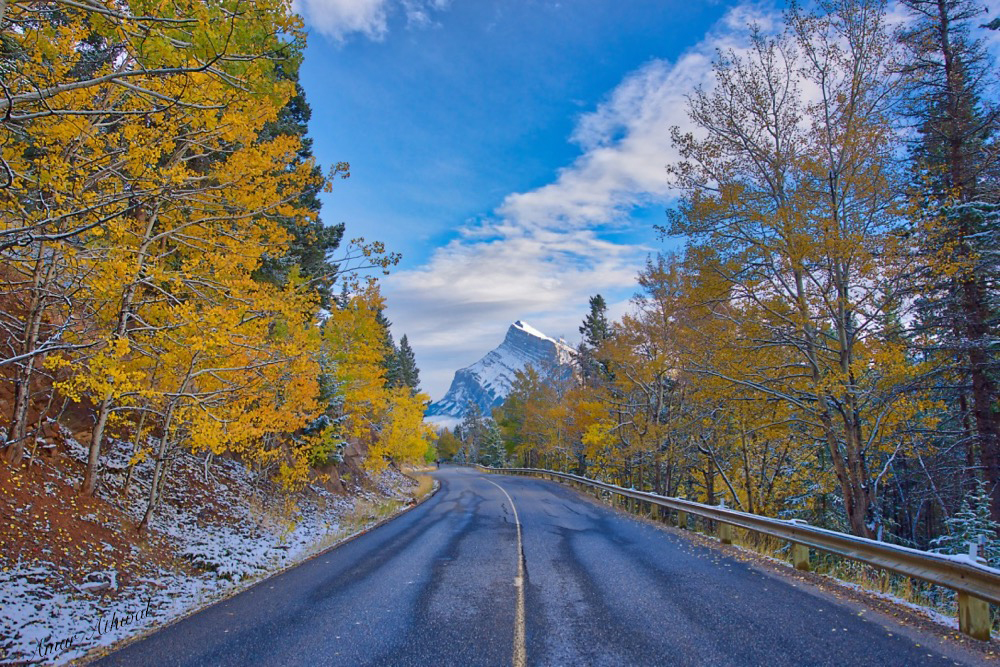Mount Rundle 171003 Amar Athwal.jpg