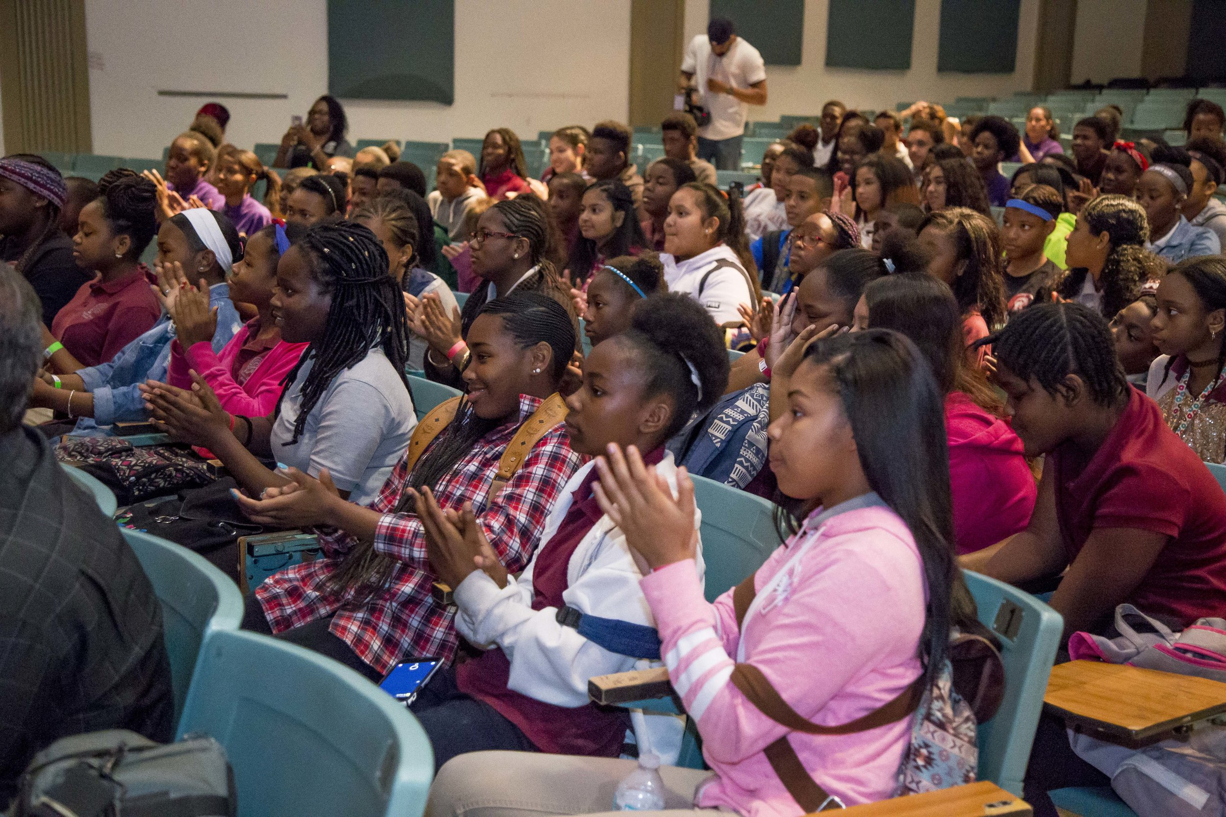 Ray Allen Computer LabHorace Mann Middle05_11_2017Jimmy Abraham_MDCPS_15.jpg