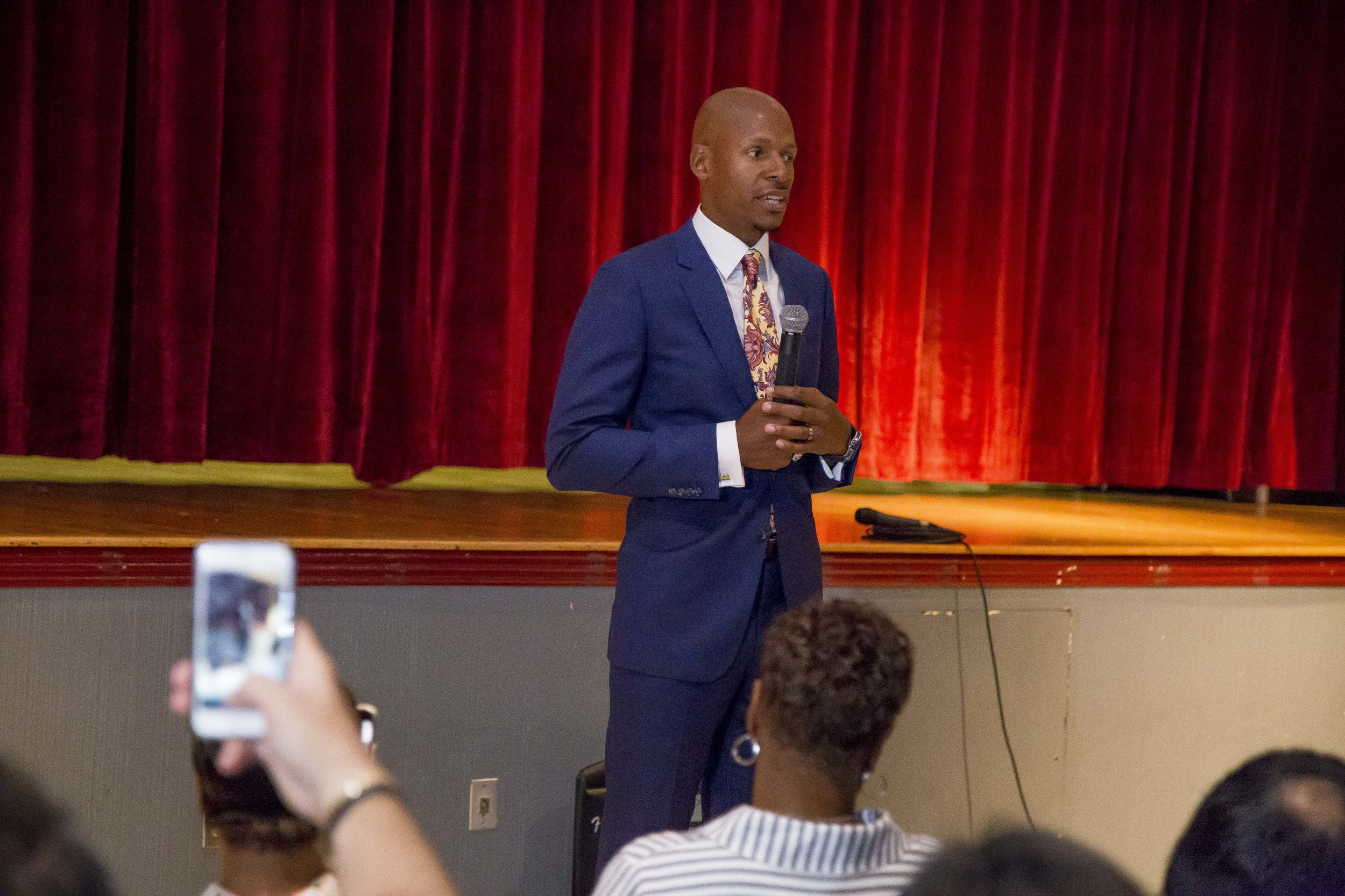 Ray Allen Computer LabHorace Mann Middle05_11_2017Jimmy Abraham_MDCPS_17.jpg