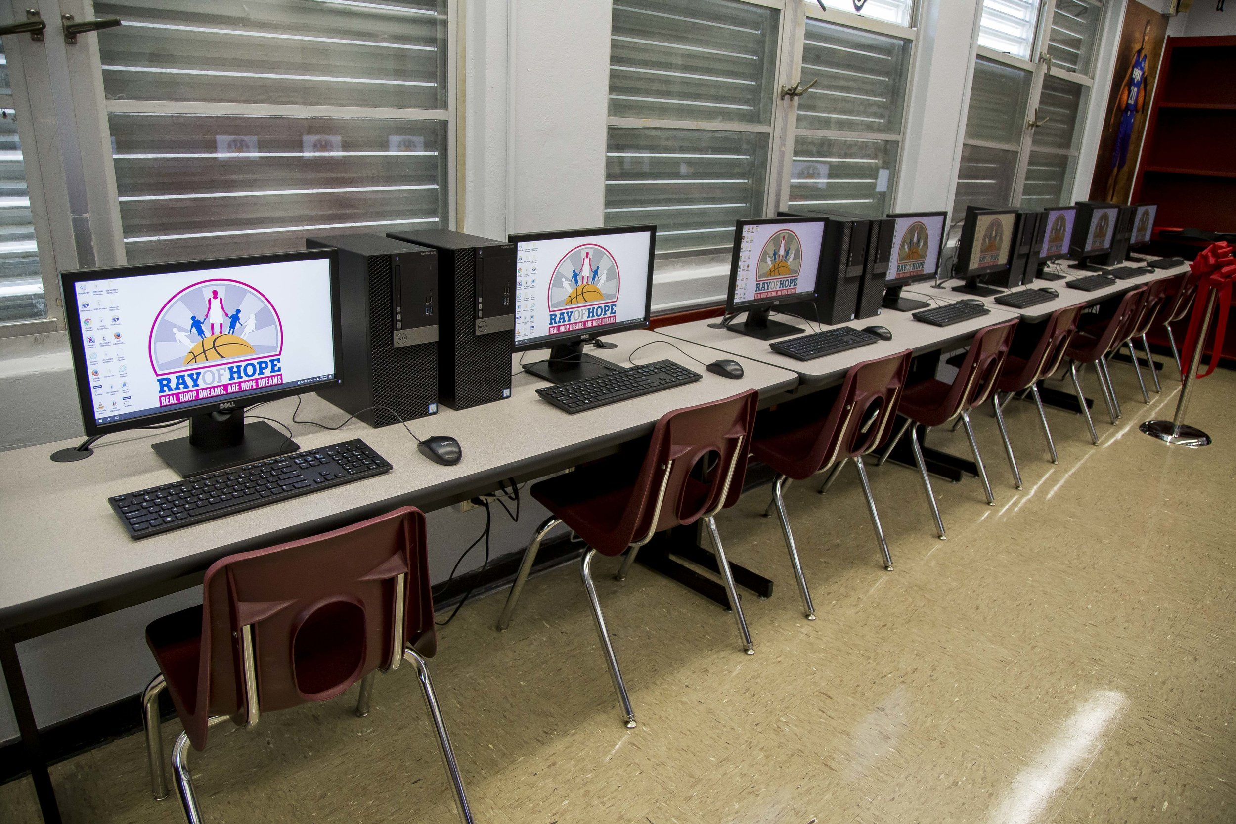 Ray Allen Computer LabHorace Mann Middle05_11_2017Jimmy Abraham_MDCPS_38.jpg