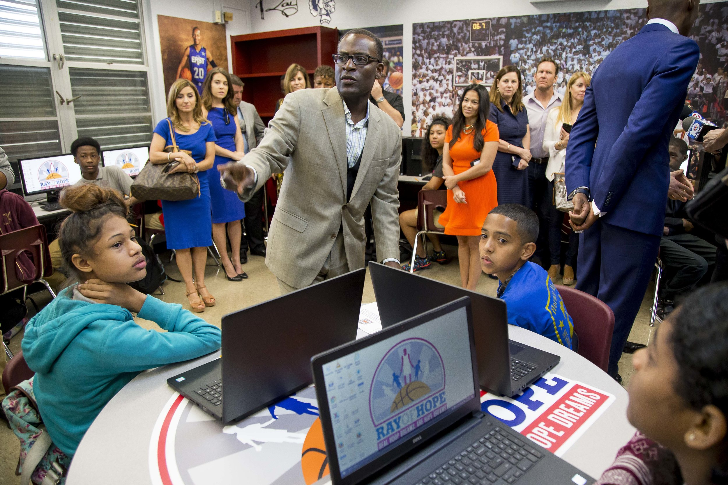 Ray Allen Computer LabHorace Mann Middle05_11_2017Jimmy Abraham_MDCPS_64.jpg