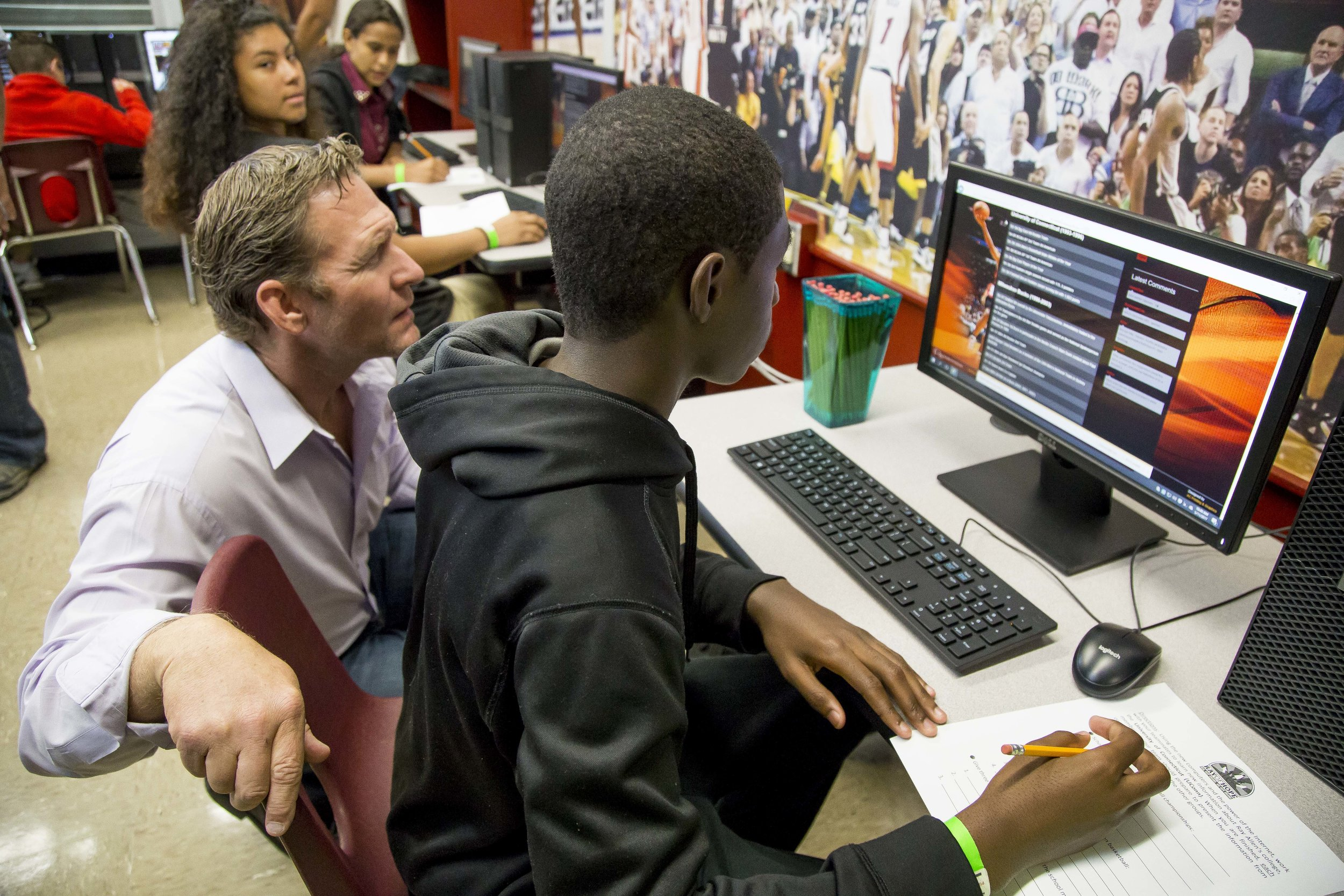 Ray Allen Computer LabHorace Mann Middle05_11_2017Jimmy Abraham_MDCPS_84.jpg