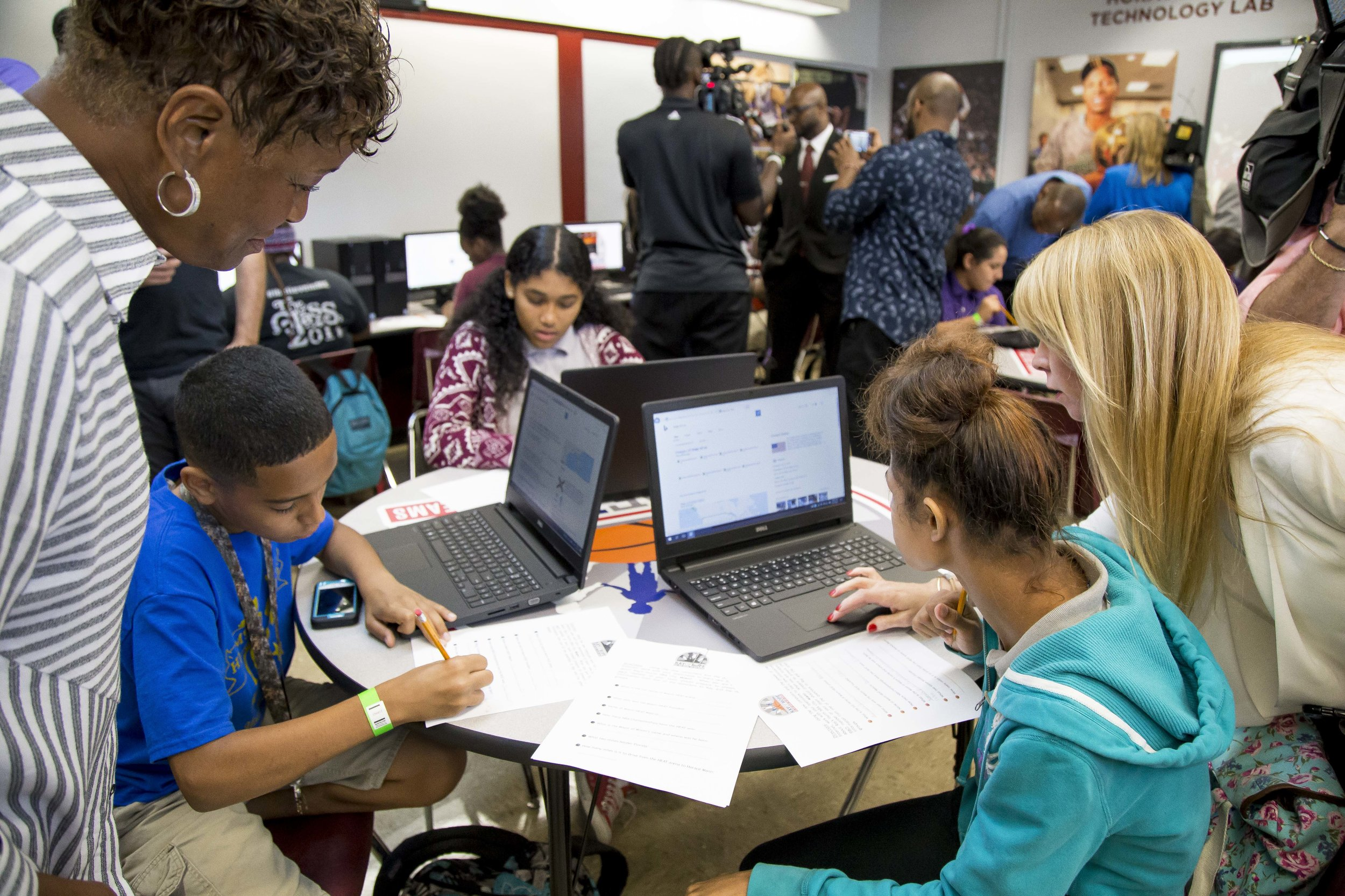 Ray Allen Computer LabHorace Mann Middle05_11_2017Jimmy Abraham_MDCPS_88.jpg