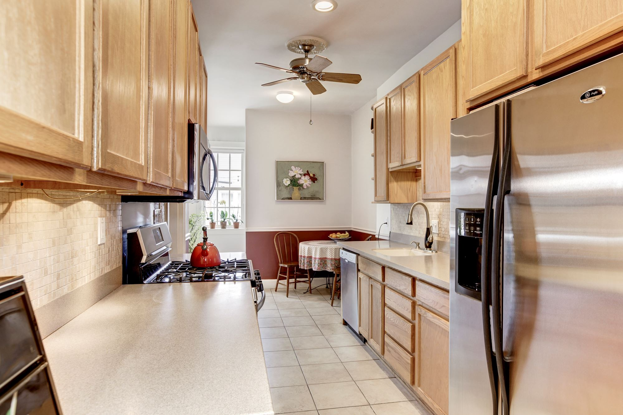 Cheerful Kitchen with Breakfast Area