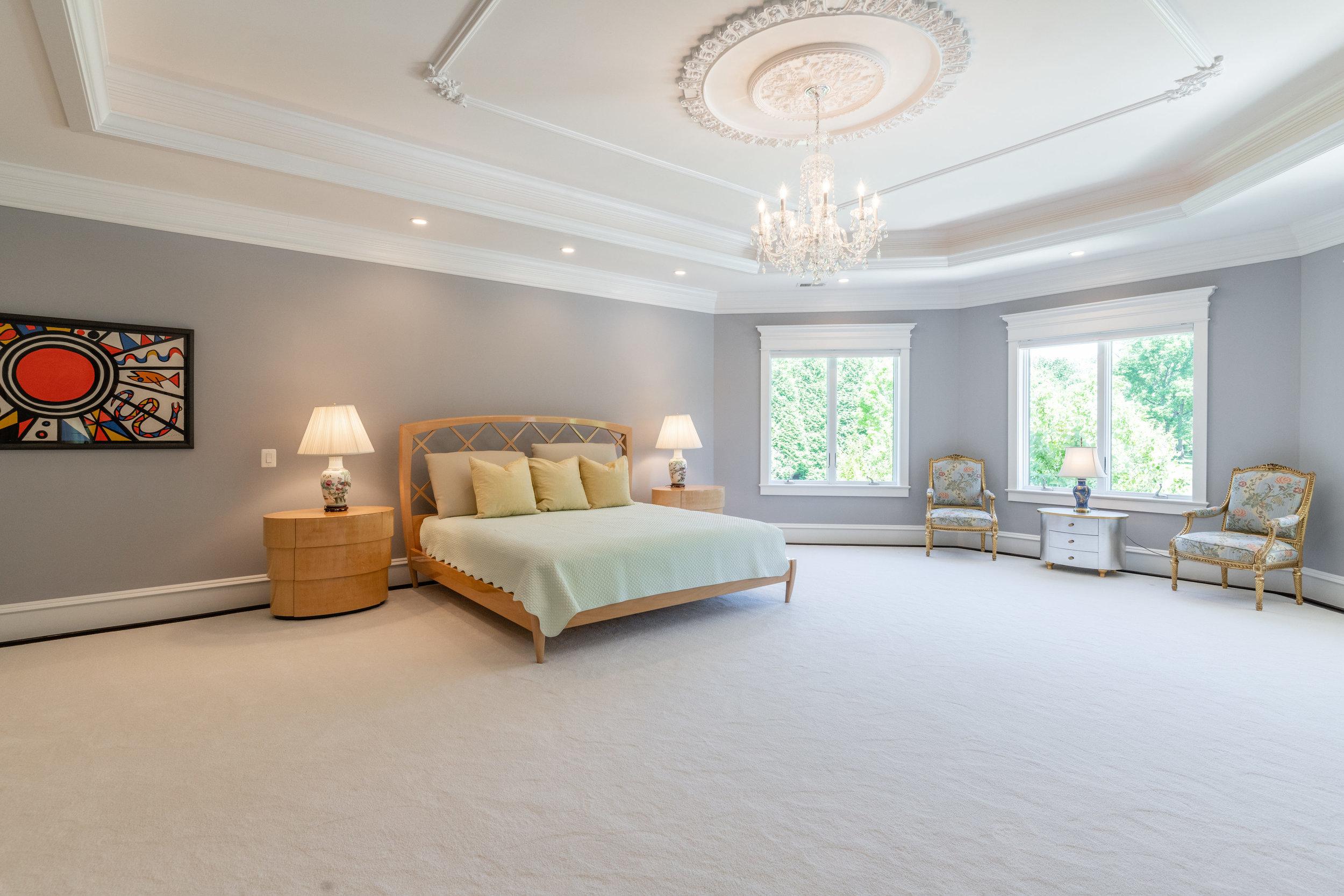 Refined Master Suite