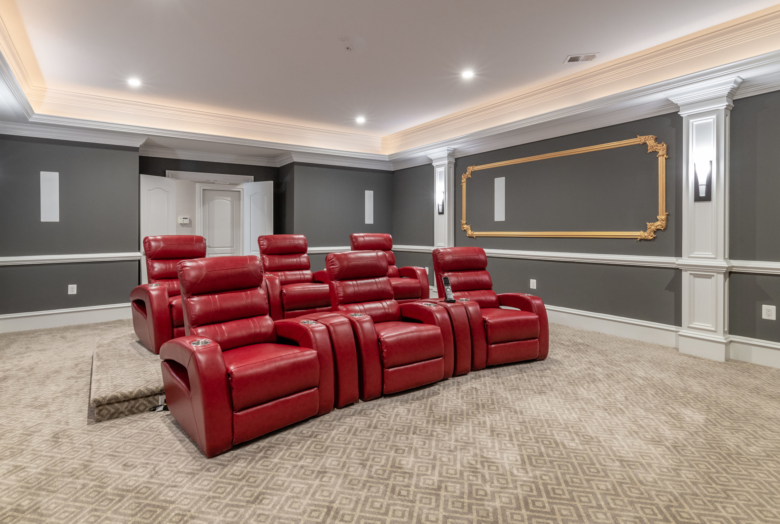 Six Power Recliners Convey