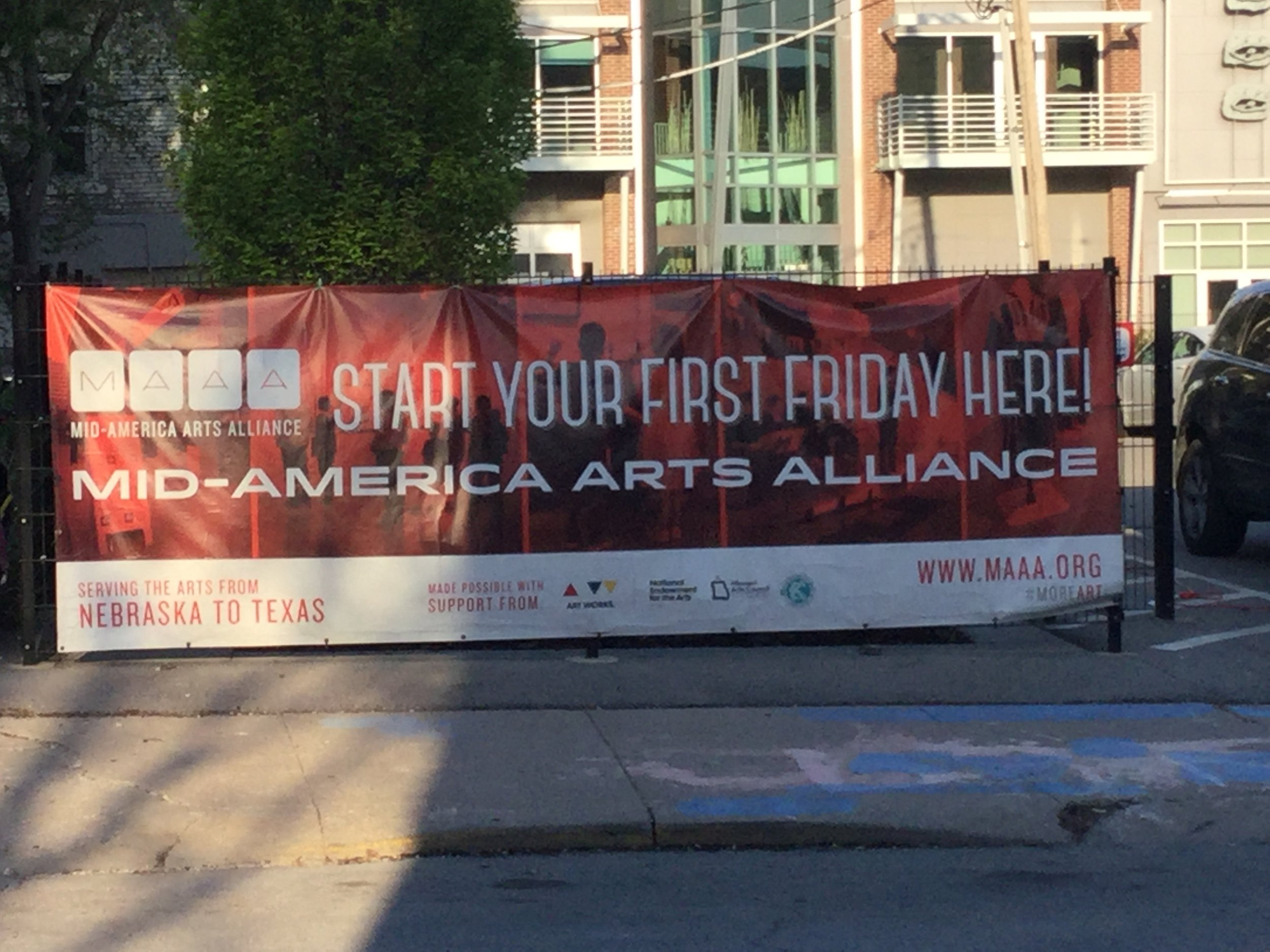 """First Fridays"" in Kansas City's Crossroads Arts District"