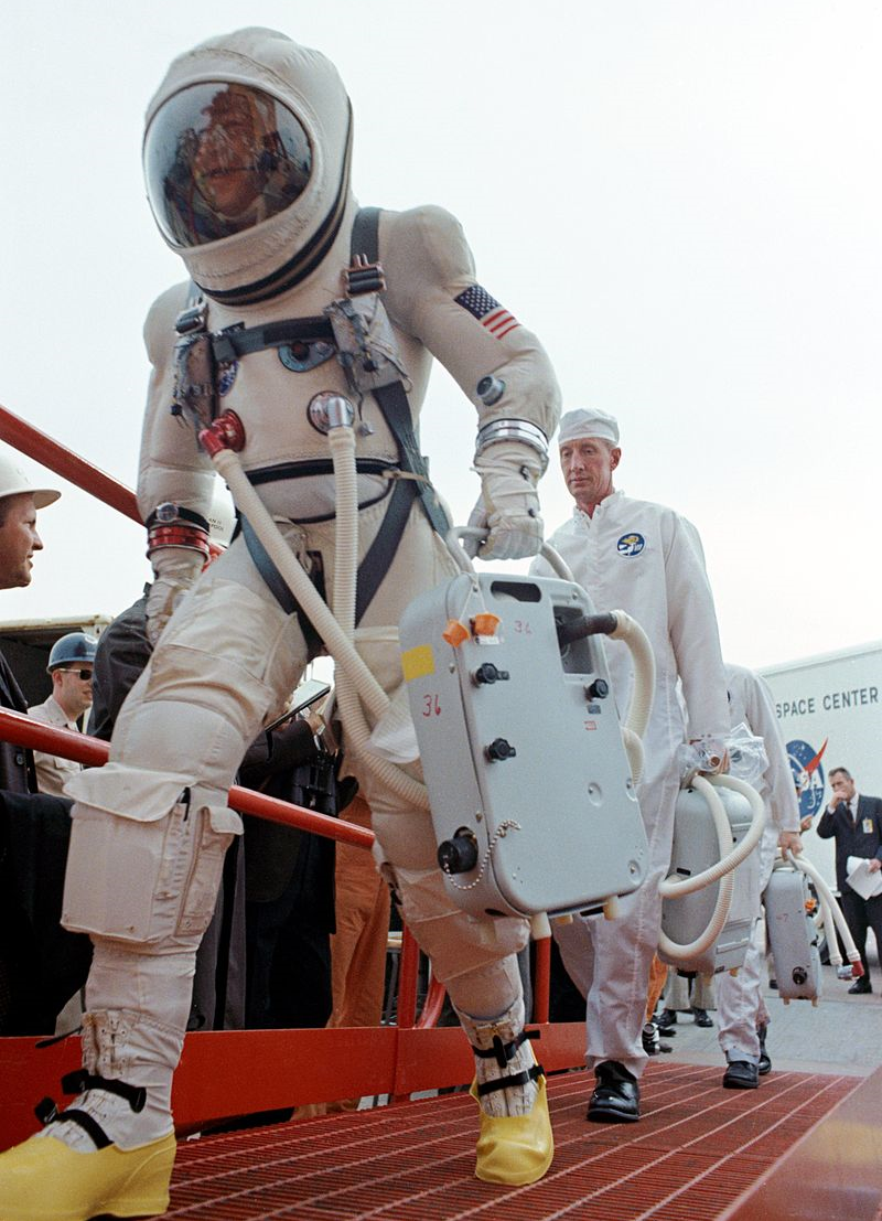 Jim Lovell in his G5C spacesuit prior to the launch of Gemini VII