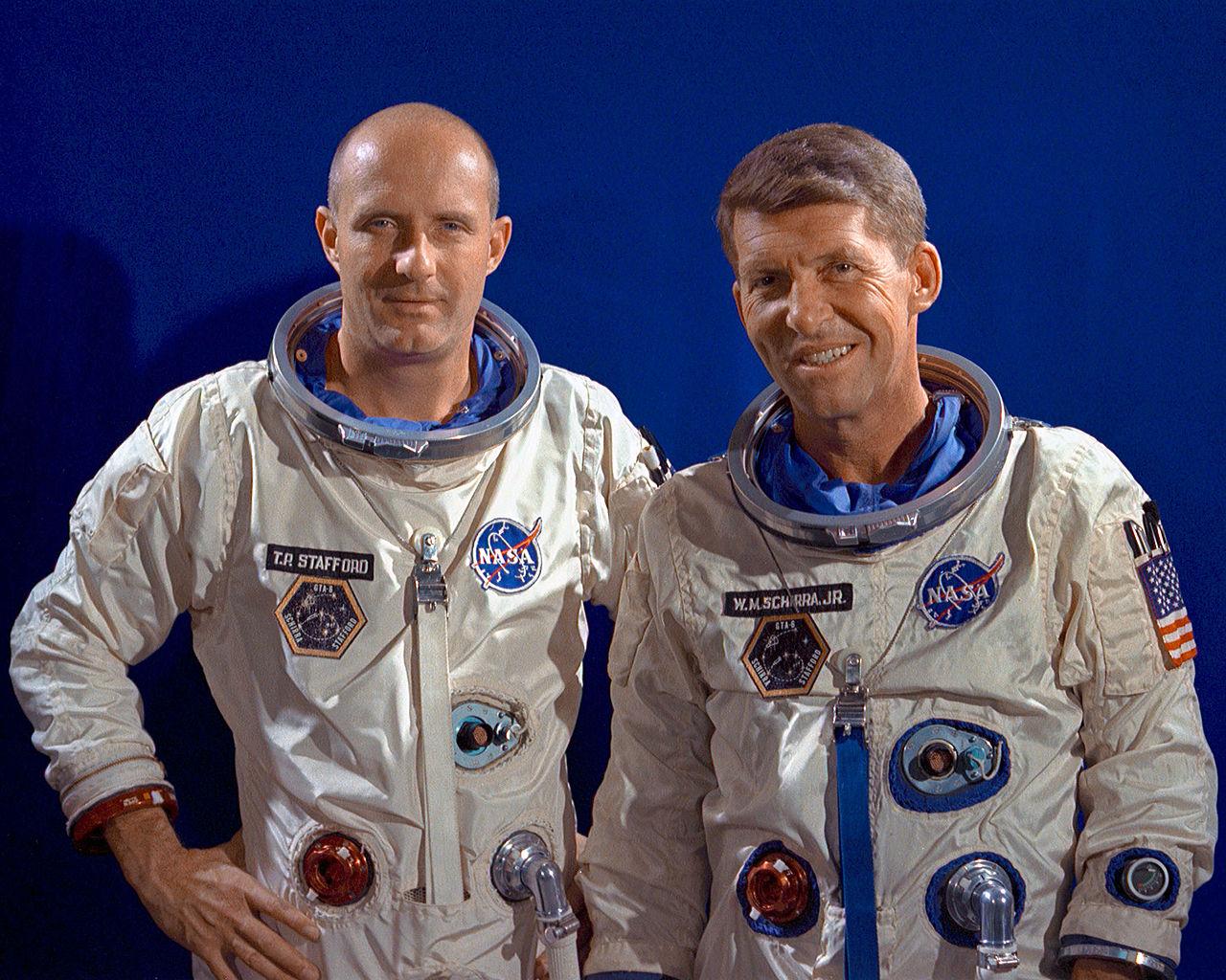 Thomas Stafford (L) and Walter Schirra (R)