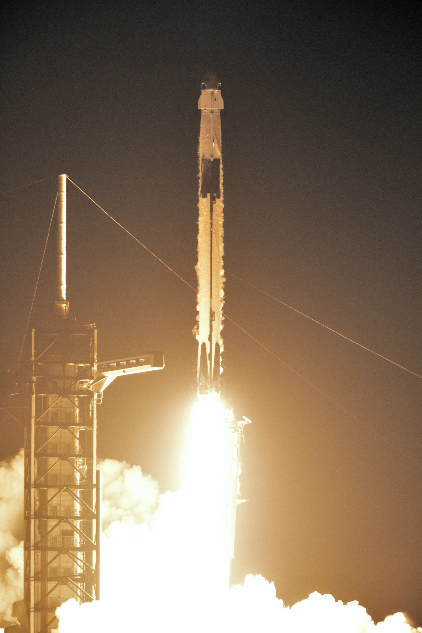 Falcon 9 Block 5 lifts off from LC-39A carrying Crew Dragon to orbit. Image credit: NASA