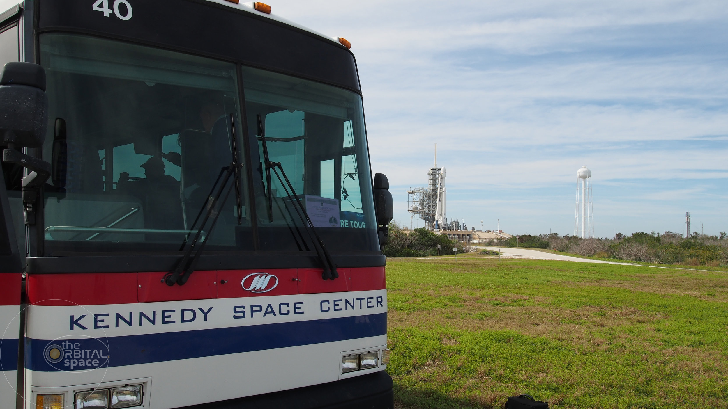 Press Bus outside LC-39A