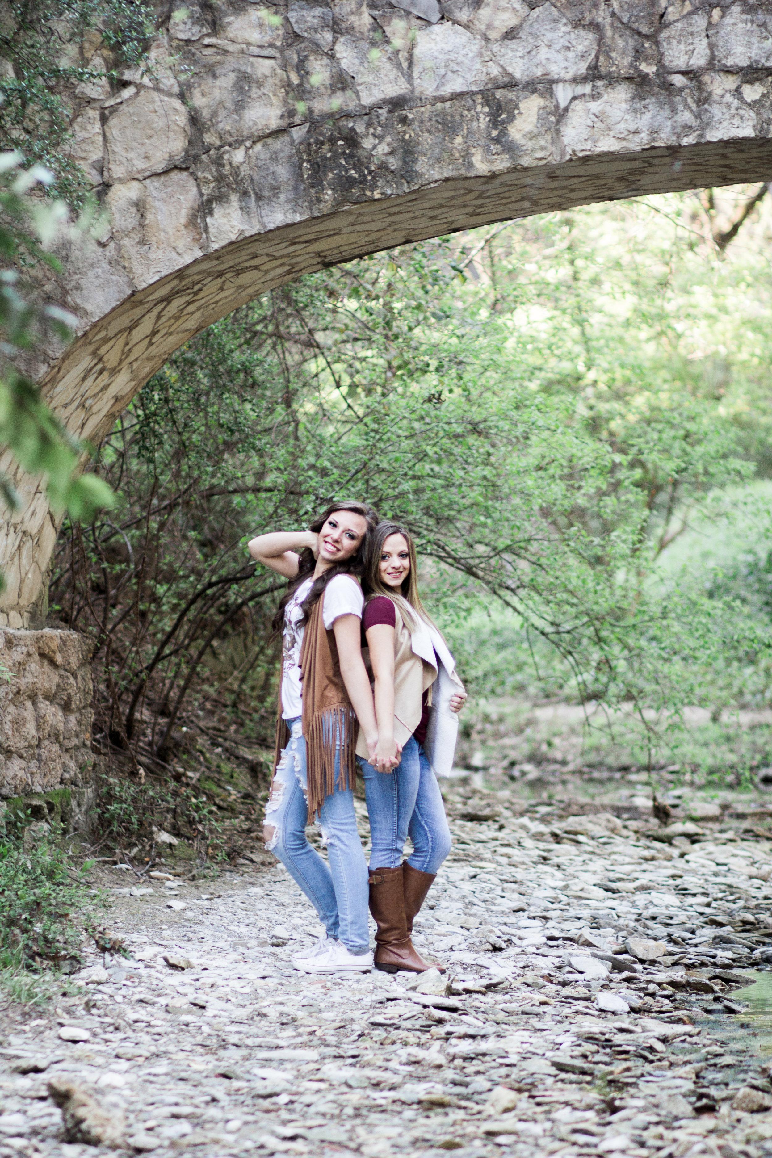 Hannah And Sarah H-297-6.jpg