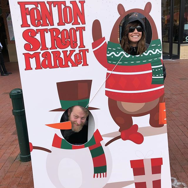 Come on down and enter the photo contest!! #HOLIDAZE #FENTONFINDS #DTSILVERSPRING