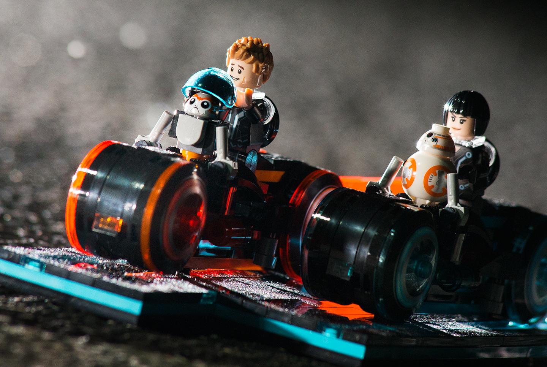 Erin-Shimazu-Photography-Porg-Star-Wars-Lego1.jpg