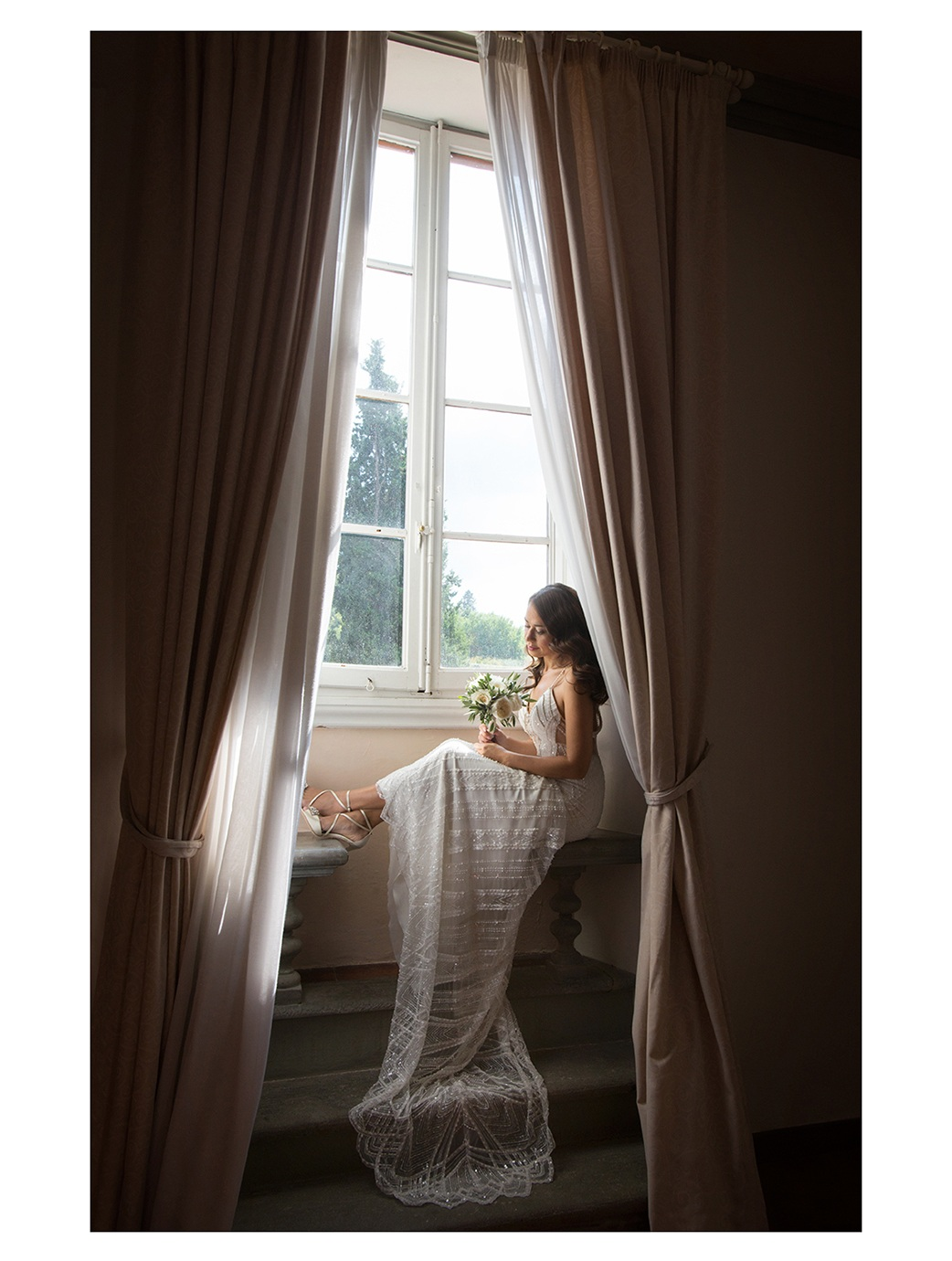 Erin-Shimazu-Photography-Wedding-Italy-Bride-Window.jpg