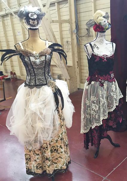 613flea-vintage-costume-sm.jpg