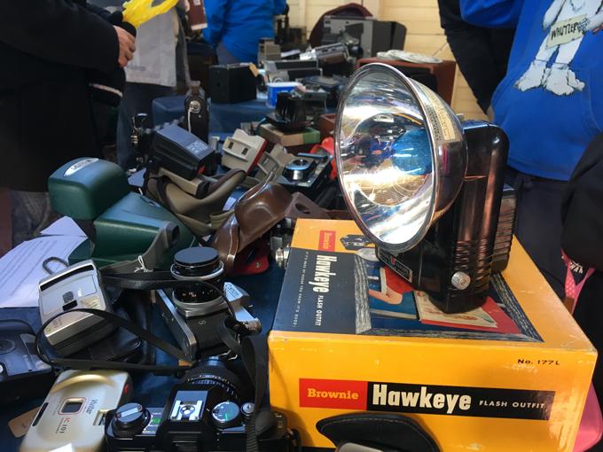 613flea-cameras-sm.jpg