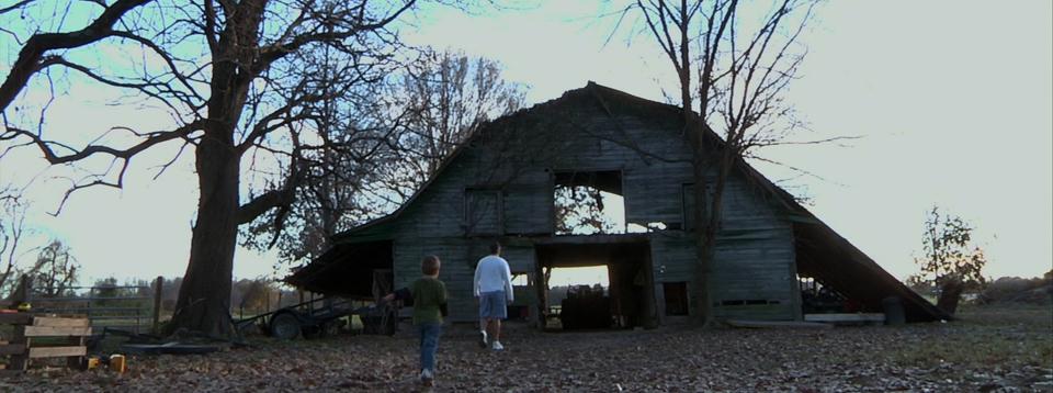 tennessee barn still.jpg