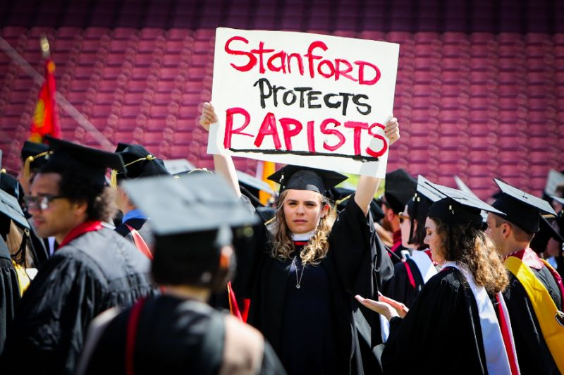 Protest at Stanford, University graduation ceremony